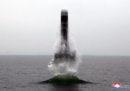 La Corea del Nord ha confermato di aver testato un missile balistico a lungo raggio lanciato da un sottomarino