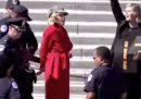 Jane Fonda è stata arrestata per aver partecipato a una protesta ambientalista davanti al Congresso degli Stati Uniti
