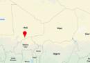 Almeno 25 soldati maliani sono stati uccisi negli attacchi contro due basi militari nel sud del paese
