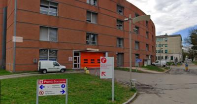 Un ragazzo di 22 anni è stato accoltellato a Milano
