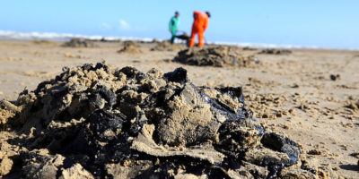 La misteriosa perdita di petrolio in Brasile