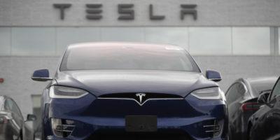 Tesla ha avuto 143 milioni di dollari di profitti nell'ultimo trimestre