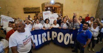 Whirlpool ritirerà la procedura di cessione per lo stabilimento di Napoli