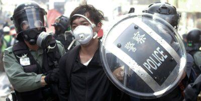 L'Alta Corte di Hong Kong ha dichiarato incostituzionale il divieto di usare le maschere durante le proteste