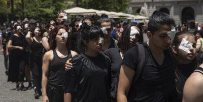 La polizia cilena ha sospeso l'uso dei proiettili a pallini di gomma che avevano causato molti feriti nelle proteste delle ultime settimane