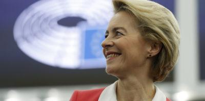 Il Parlamento Europeo ha approvato la nomina della nuova Commissione Europea presieduta da Ursula von der Leyen