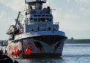 La Open Arms sbarcherà a Taranto