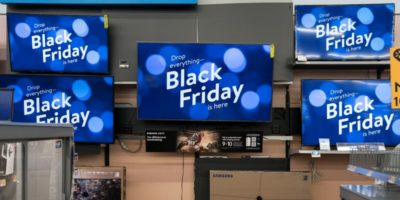 negozio di televisori per il black friday