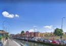 Due persone sono morte a Milano nella zona dei Navigli per un incendio