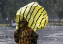 Il Bangladesh ha ordinato l'evacuazione di circa 100mila persone per l'arrivo del ciclone Bulbul