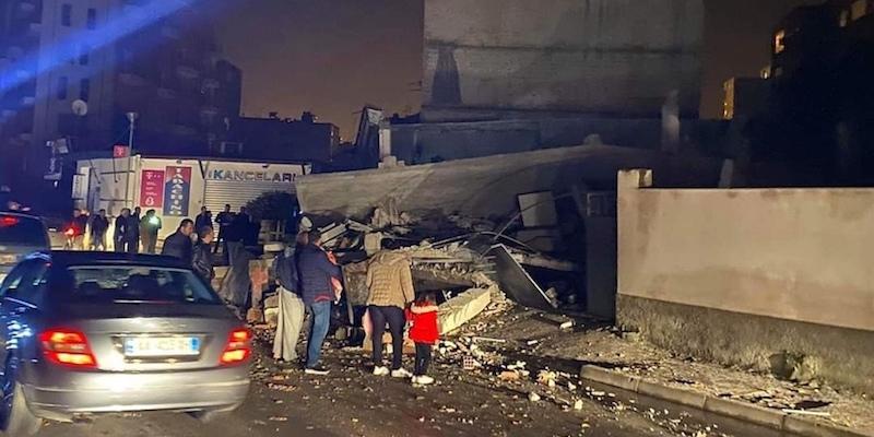 C'è stato un terremoto di magnitudo 6.5 in Albania, vicino a Durazzo