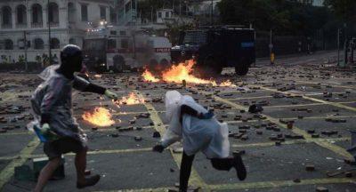 Le foto degli scontri ad Hong Kong