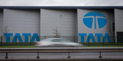 La multinazionale indiana dell'acciaio Tata Steel taglierà fino a un massimo di 3mila posti di lavoro in Europa