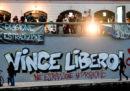 Un tribunale francese ha scarcerato l'attivista Vincenzo Vecchi, condannato in Italia per gli scontri del 2001 al G8 di Genova