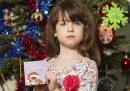 Una bambina ha trovato una richiesta di aiuto dalla Cina in una cartolina di Natale