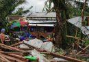 Nelle Filippine centrali decine di migliaia di persone hanno dovuto lasciare le loro case a causa del tifone Phanfone