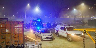 La procura di Milano ha aperto un'inchiesta per omicidio colposo per la morte di un operaio nel cantiere della metropolitana