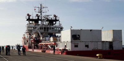 Ha senso isolare le navi con i migranti per via del coronavirus?