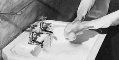 Come lavarsi le mani per ridurre il rischio di infezioni