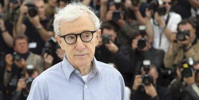 La protesta dei dipendenti di Hachette contro il libro di Woody Allen