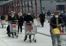 La questione degli orari dei supermercati