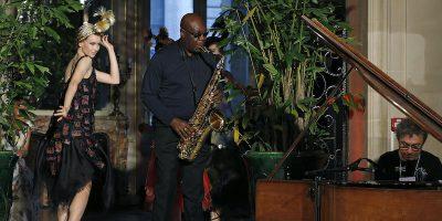 È morto il sassofonista camerunense Manu Dibango: aveva contratto la COVID-19