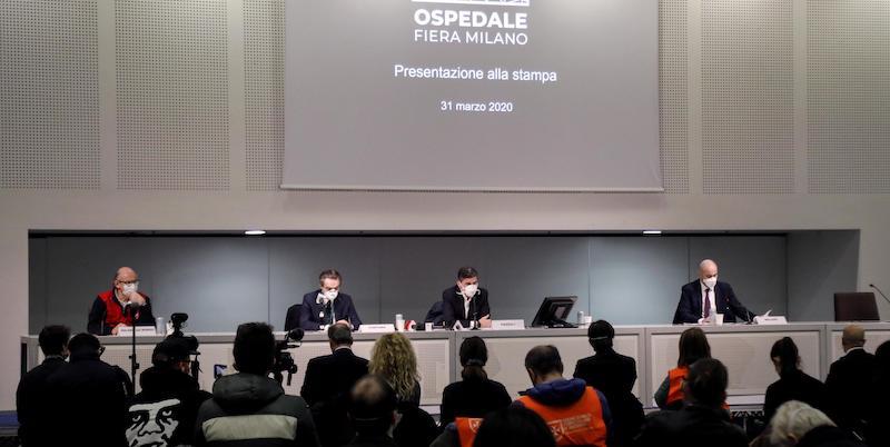 Le polemiche sull'inaugurazione del nuovo ospedale di Milano - Il Post