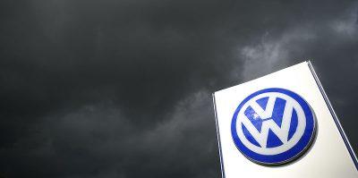 Volkswagen sospenderà la produzione nella maggior parte dei suoi stabilimenti in Europa a causa del coronavirus