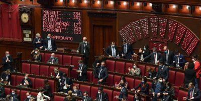 """La Camera ha approvato in via definitiva il decreto """"Cura Italia"""""""