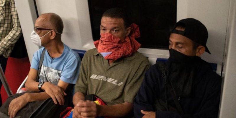 In Perù e a Panama uomini e donne possono uscire a giorni alterni - Il Post