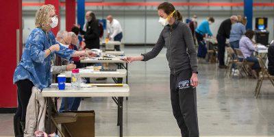 In Wisconsin si sta votando, nonostante il coronavirus