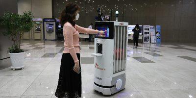 A Seul, in Corea del Sud, sono state reintrodotte alcune restrizioni dopo un recente picco di contagi