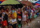 Nelle Filippine almeno 200mila persone dovranno essere evacuate a causa dell'arrivo del tifone Vongfong