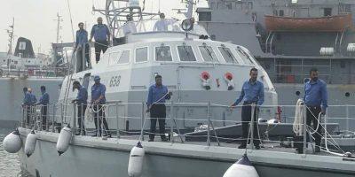 98 migranti soccorsi da una nave mercantile portoghese sono stati riportati in Libia