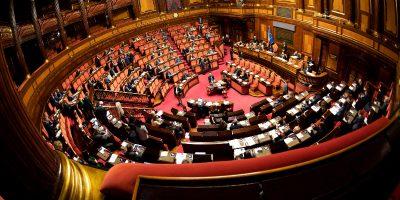 La Commissione contenziosa del Senato ha annullato la delibera che aveva ridotto i vitalizi degli ex senatori