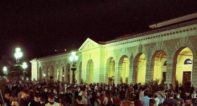 A Brescia i locali del centro devono chiudere alle 21.30