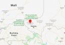 Domenica almeno 20 persone sono state uccise da gruppi armati in diverse città del Niger occidentale