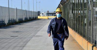 I principali sindacati dei metalmeccanici hanno indetto uno sciopero il 9 giugno contro il piano presentato da ArcelorMittal al governo, che prevede 3.300 esuberi