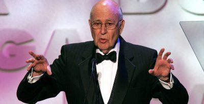 È morto l'attore e regista statunitense Carl Reiner: aveva 98 anni