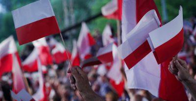 Gli exit poll delle elezioni presidenziali in Polonia dicono che si andrà al ballottaggio