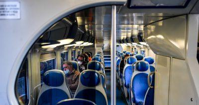 Trenord ha deciso che su alcuni treni si potranno di nuovo portare le biciclette