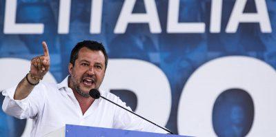 La frase razzista di Salvini sui rom