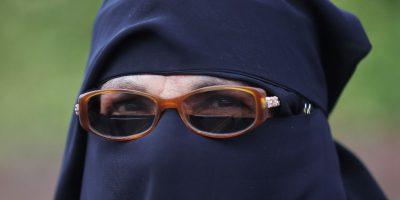Il governo dello stato tedesco del Baden-Württemberg ha vietato il burqa nelle scuole