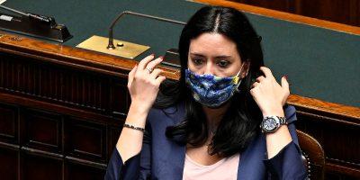 La ministra Azzolina ha criticato i sindacati della scuola