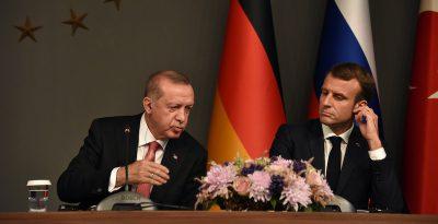Francia e Turchia sono ai ferri corti