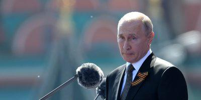 """Con il 50 per cento delle schede scrutinate, i """"sì"""" alle modifiche costituzionali volute da Putin sono oltre il 76 per cento"""