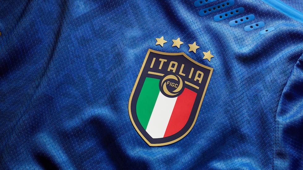 La nuova maglia della Nazionale italiana di calcio - Il Post