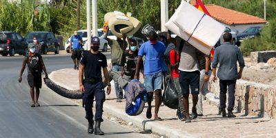 La Germania accoglierà 1.500 rifugiati dopo l'incendio nel campo di Moria in Grecia