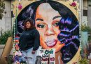Nessun poliziotto è stato incriminato per la morte di Breonna Taylor