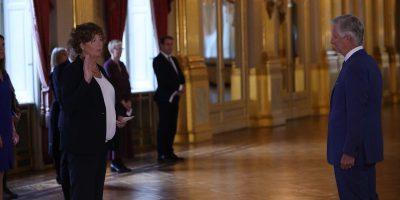 In Belgio per la prima volta in Europa una persona transgender è diventata ministra
